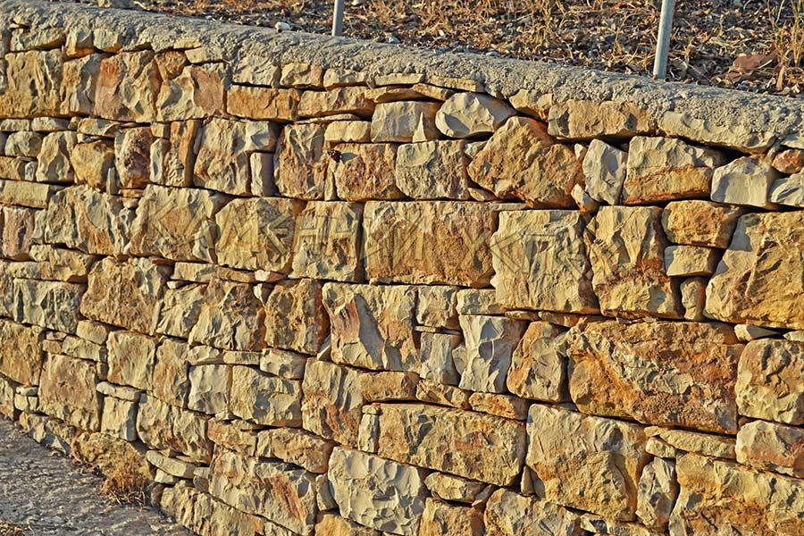 кладка камня кирпичиками