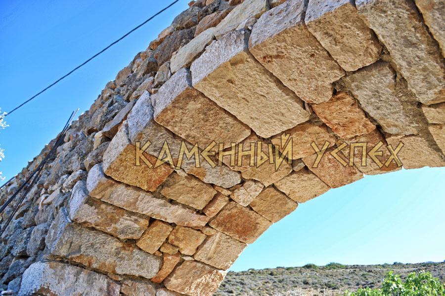 арка строительство камень