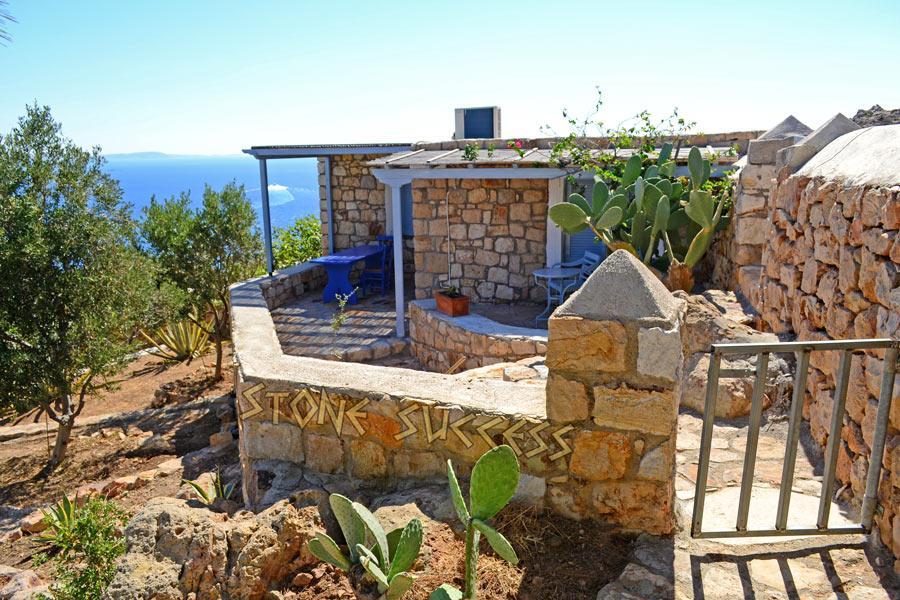 дизайн сада остров Патмос Греция