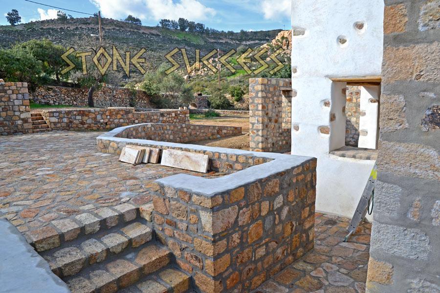 каменный дизайн дома и двора