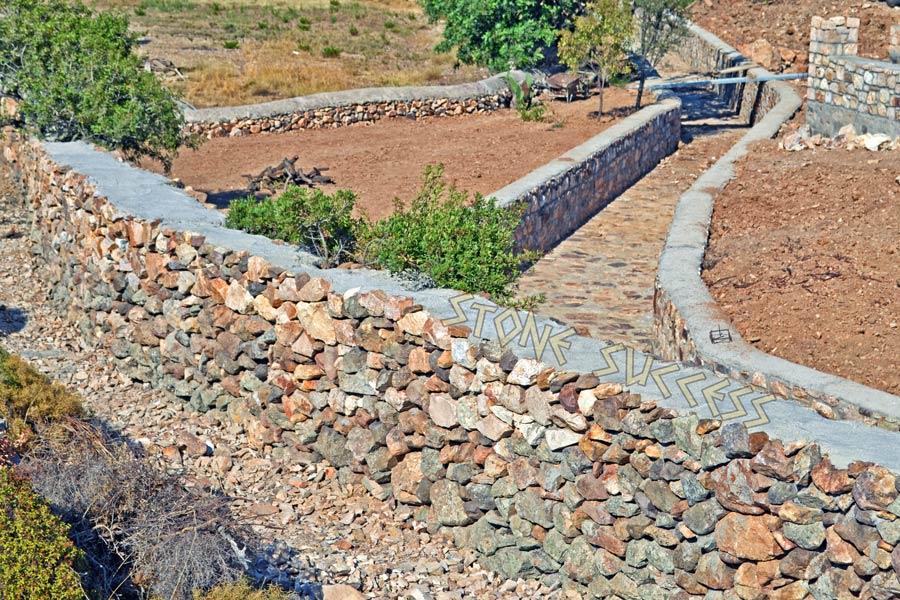 ландшафтный дизайн земля и камни