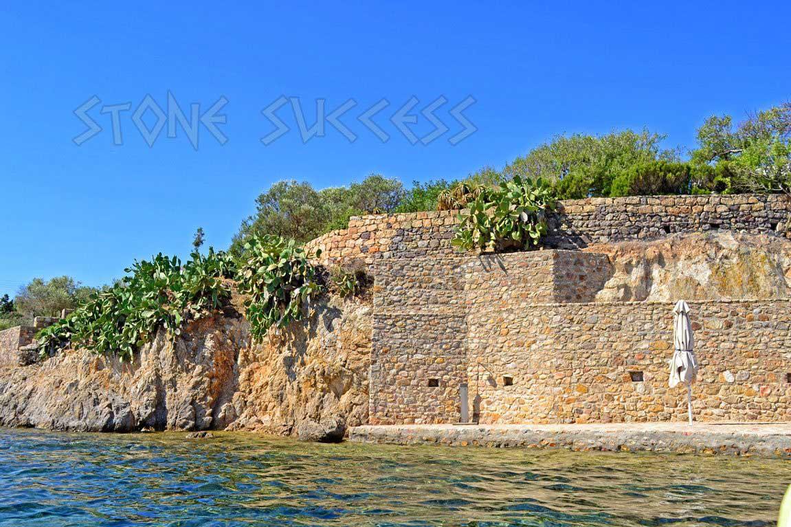 строительство море и скалы
