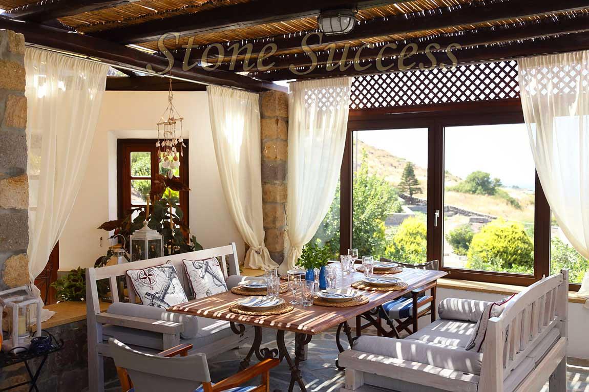 летняя кухня с видом о море