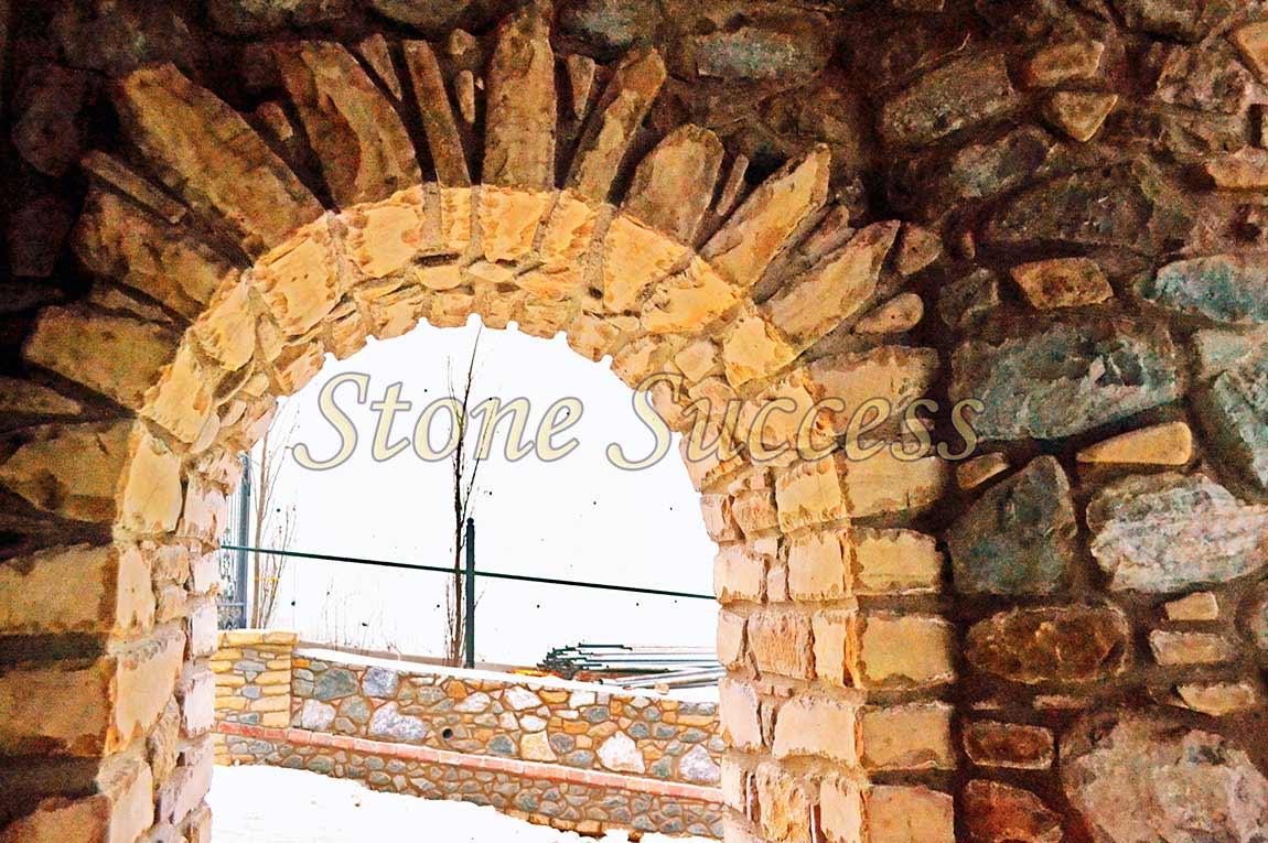 строим из песчаника арка малая изнутри