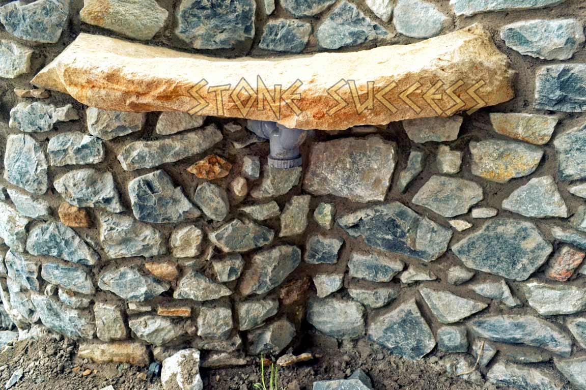 каменная полка дизайн