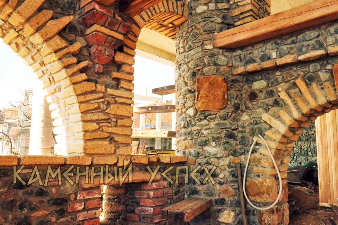 каменный замок внутренний интерьер